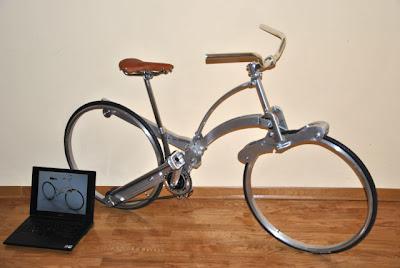 Sada Bike, uma bicicleta que se dobra  para o tamanho de uma mochila