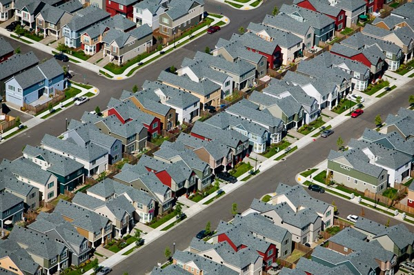 10.) A housing development that looks like an oversized game of LIFE in Beaverton, Oregon. - You Think You Know What The World Looks Like. Then You Look At It Like This And… WHOA. Amazing.