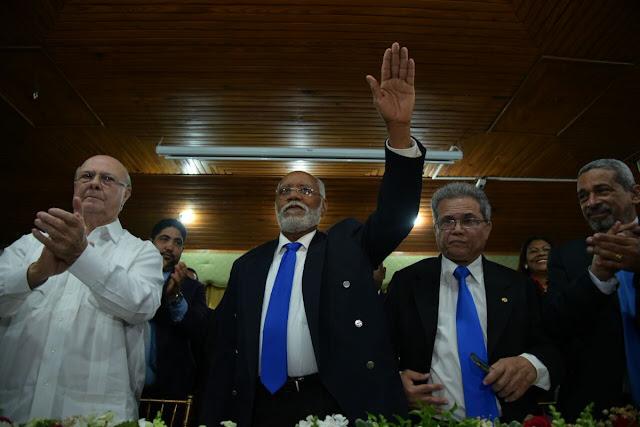 Asume nuevo presidente del Colegio Médico Dominicano