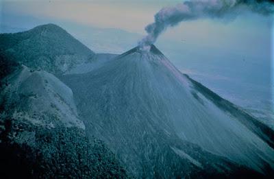 Esplorare vulcani inaccessibili con droni