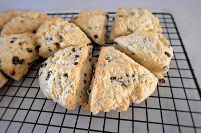 scones bread quick currant baking powder