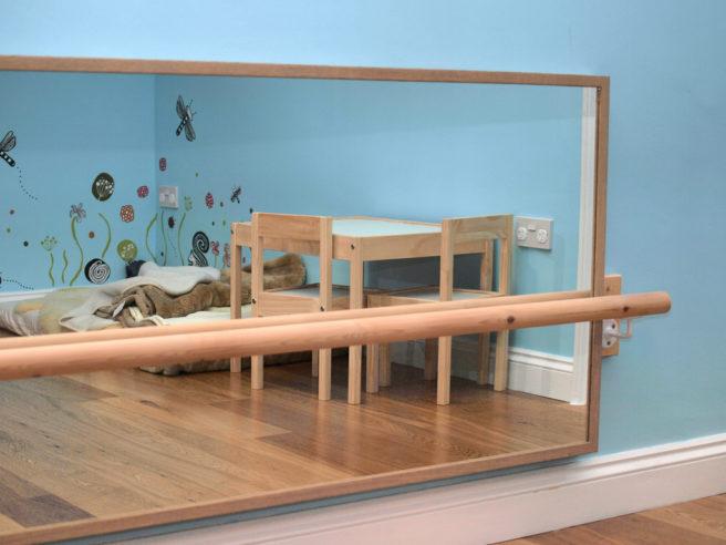 Disear un dormitorio medium size of de estar acogedoras for Espejo montessori