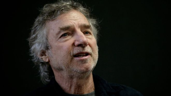 Curtis Hanson: Oscar-winning writer and director dies at 71