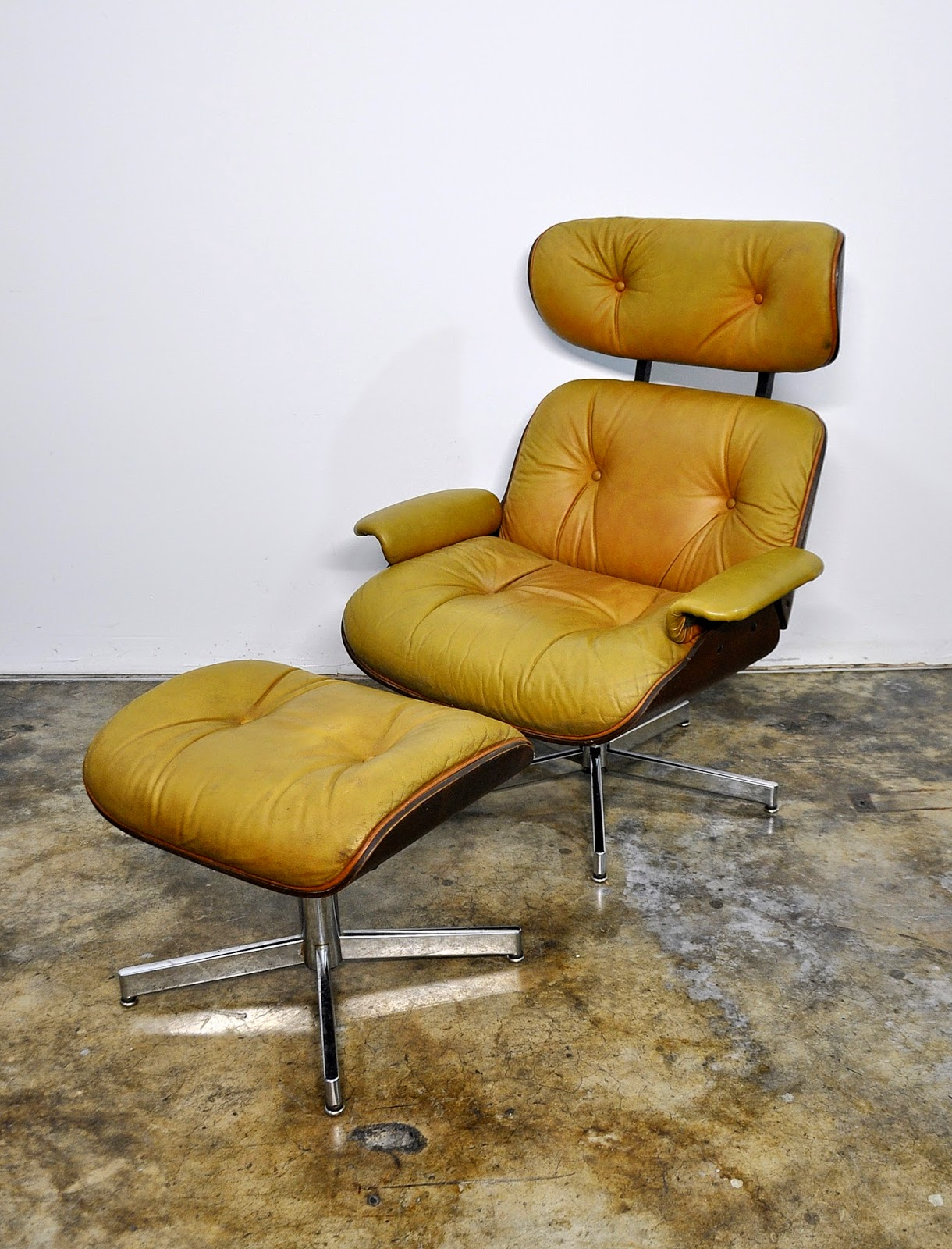 selig eames chair table 4 chairs and bench select modern leather lounge ottoman