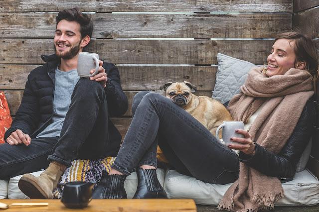 A baráatink is lehetnek a boldogság forrásai