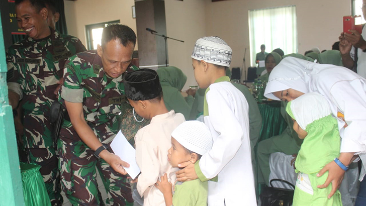 Naik Pangkat Satu Tingkat, Prajurit Kodim 0703/ Cilacap Santuni 31 Yatim Piatu