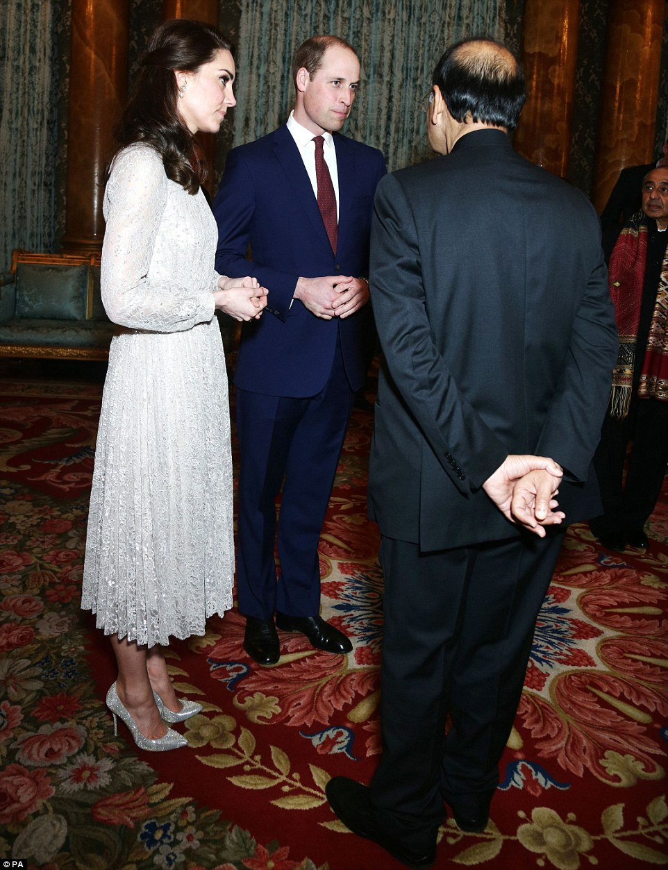 Royals Style Réception Au Palais De Buckingham Londres