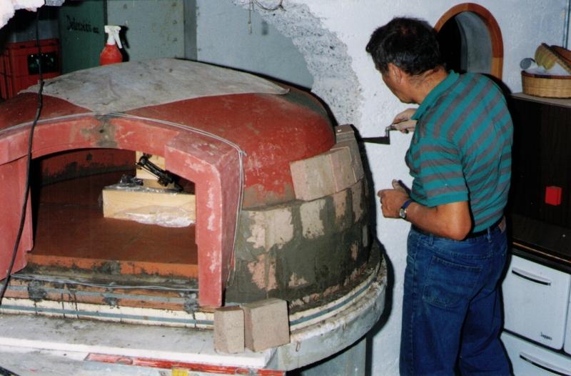 Fornoc rossa forno a legna c rossa strozza bg - Forno per pizza domestico ...