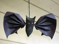 http://translate.google.es/translate?hl=es&sl=en&tl=es&u=http%3A%2F%2Fwww.filthwizardry.com%2F2009%2F11%2Ftoilet-roll-bat-fun.html