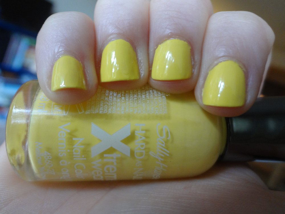 Aka Bailey Sally Hansen Mellow Yellow Review