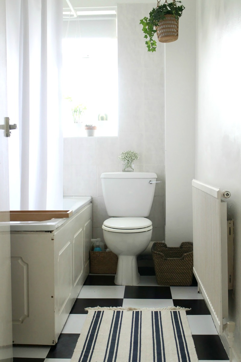 Five top tips for a small bathroom makeover owl and for Small bathroom makeover ideas