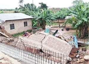 One killed, 4 injured as fence collapses on construction workers in Edo
