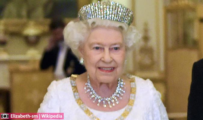 مسار الملكة إليزابيث مند ولادتها... العائلة الملكية البريطانية