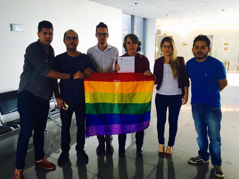 Erika Kokay protocola representação por quebra de decoro à deputada Sandra Faraj
