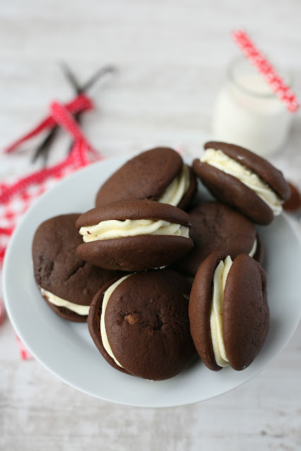 Whoopie Pies are for those really special occasions, light chocolate sponge cakes sandwiched together with a fluffy buttercream. www.goodfoodshared.blogspot.com