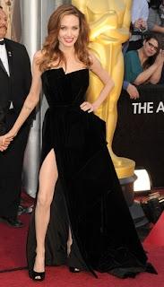 Angelina Jolie in Versace, Oscars 2012