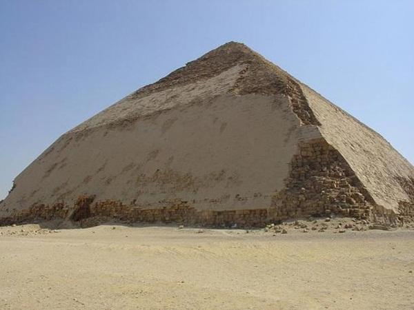 Mengungkap misteri piramida