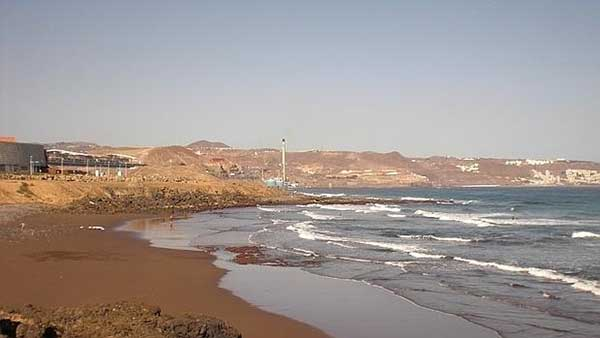 Un joven  muere ahogado en Telde, en la playa Bocabarranco