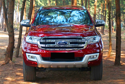 Eksterior All New Ford Everest Tampak Depan