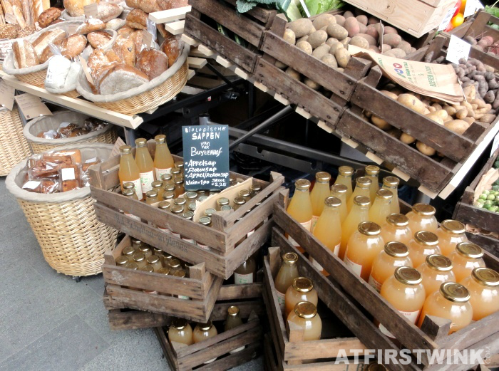 bread and apple juice | Markthal in Rotterdam