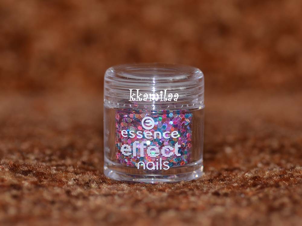 Essence Effect Nails nr 10 - Call Me Galaxy
