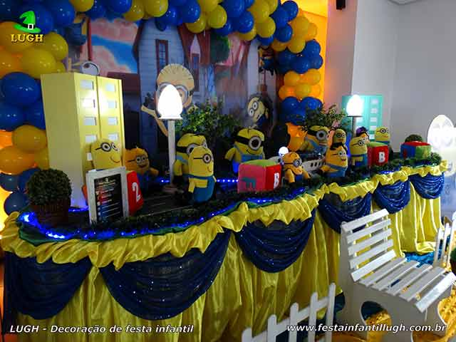 Decoração de aniversário tema Minions - Mesa decorativa de festa infantil