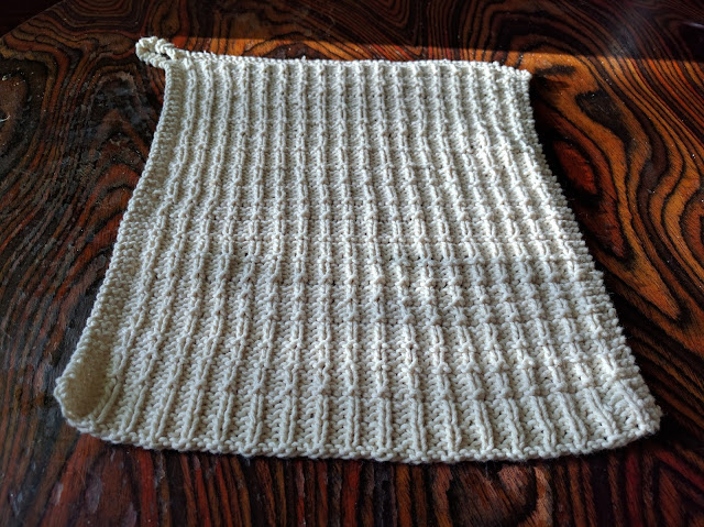 Mens Scarf Knitting Pattern Free : Toadstools and Fairy Rings: Free Knitting Pattern: Waffle Stitch Dish Towel