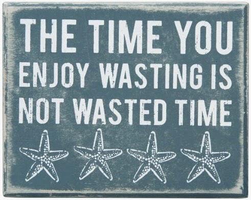 beach box sign with starfish