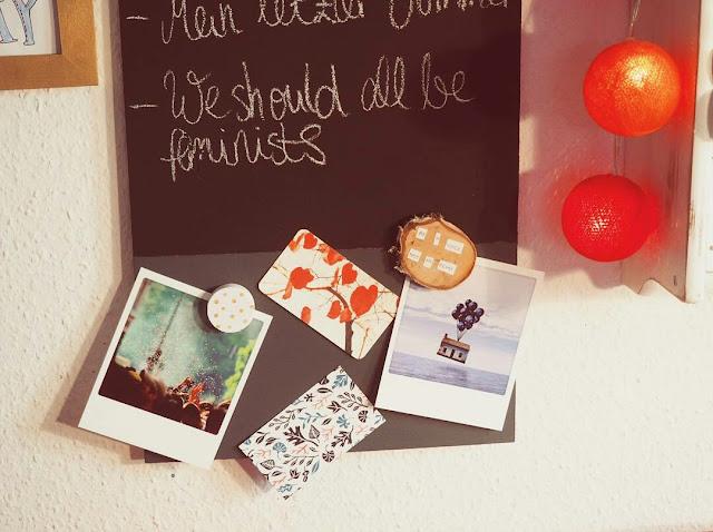leseliste-tafelfarbe-baufix-diy-projekt-magnetfarbe-buecherboard