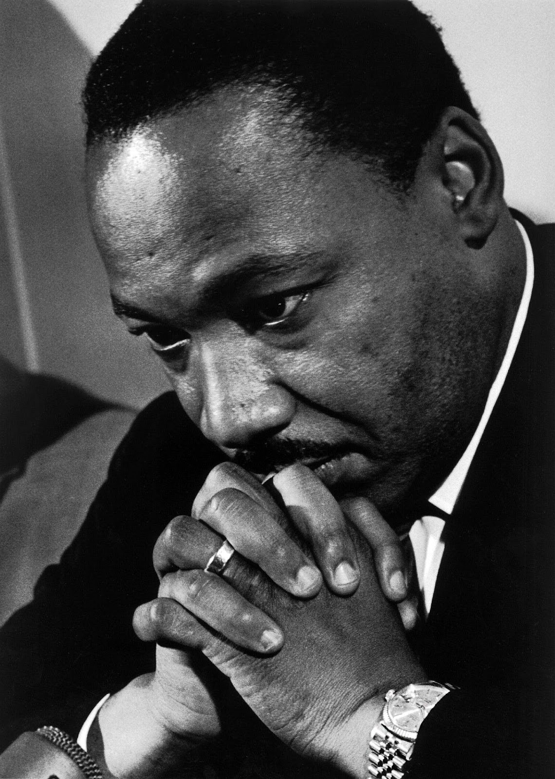 dr martin luther king jrs critique Facts, information and articles about dr martin luther king jr, a prominent figure in black history dr martin luther king jr facts born january 15, 1929, atlanta.