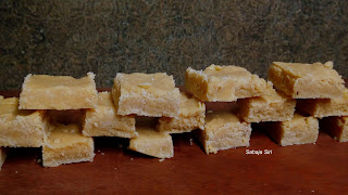 Gram flour fudge