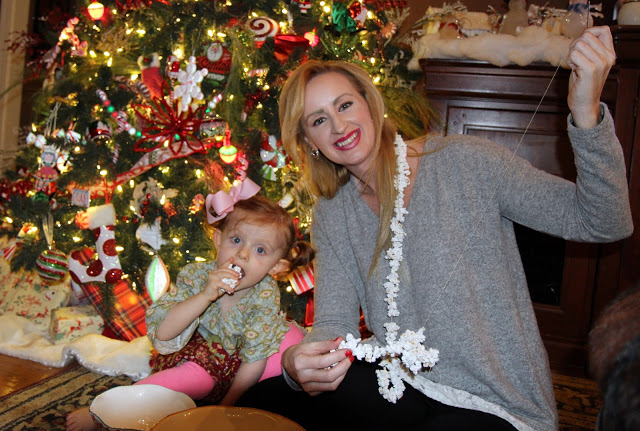 Harris Sisters GirlTalk: 30 Ways to Have an Old-Fashioned Christmas