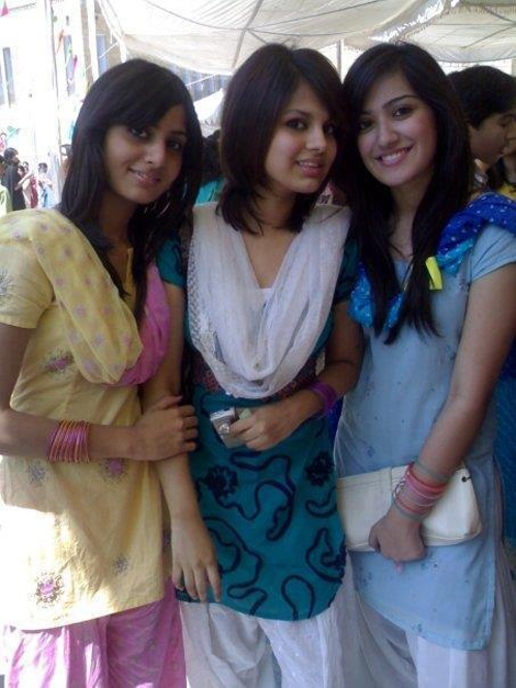 Nude Indian College Girls  Aunties Hot Indian College -7139