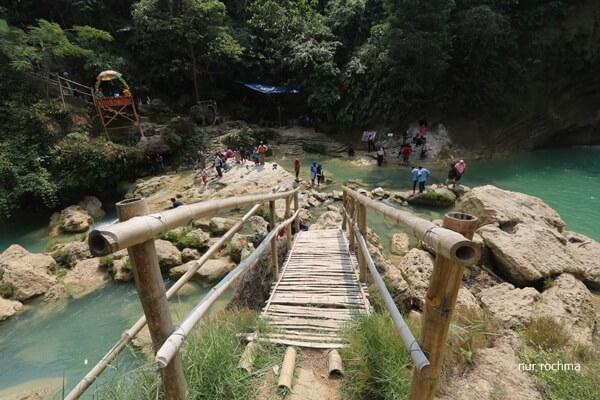 jembatan kayu nglirip