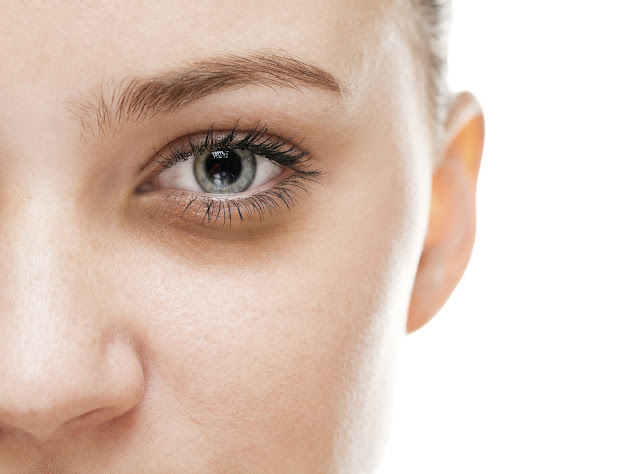 5 Natural Remedies To Get Rid Of Dark Circles Fast