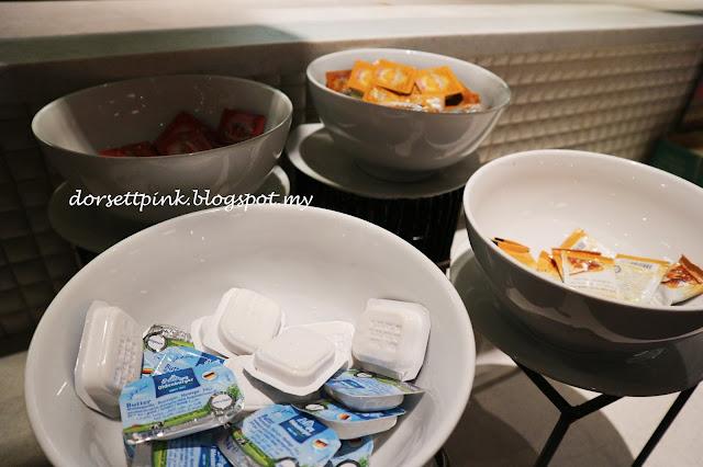 http://dorsettpink.blogspot.com/2017/06/bersahur-di-pnb-perdana-hotel-suites-on.html