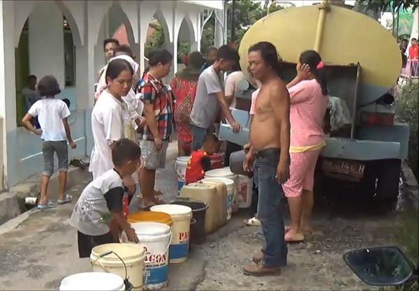 PDAM Tirtauli Cuci Pipa, Siantar Krisis Air, Warga Terpaksa ke Sungai