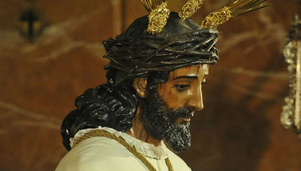 La Macarena de Sevilla suspende el besamanos al Señor de la Sentencia de diciembre