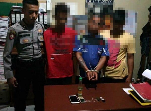 Lagi Asyik Pesta Sabu, Tenaga Honorer Pemko Pariaman Ditangkap Polisi