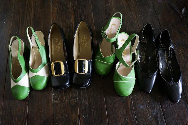 vintage 70s shoes sandales années 70 escarpins