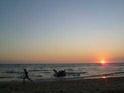 Trotar en la playa, consejos para para mantenerse en forma en vacaciones