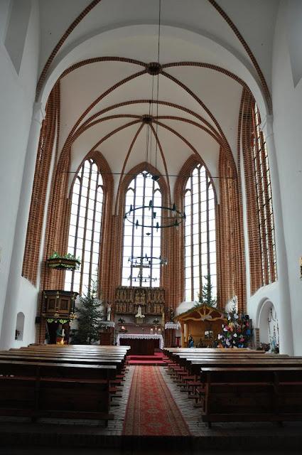 Kołbacz pocysterski kościół przy klasztorze - prezbiterium