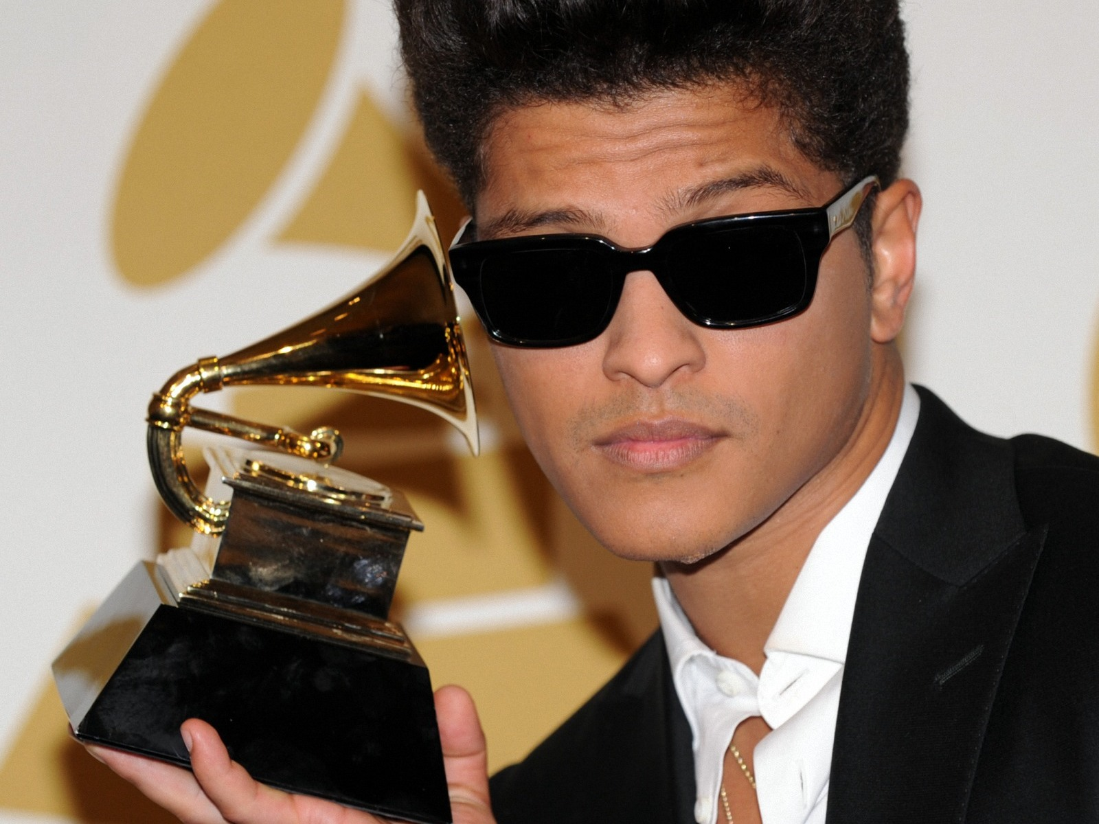 My Dirty Music Corner: BRUNO MARS