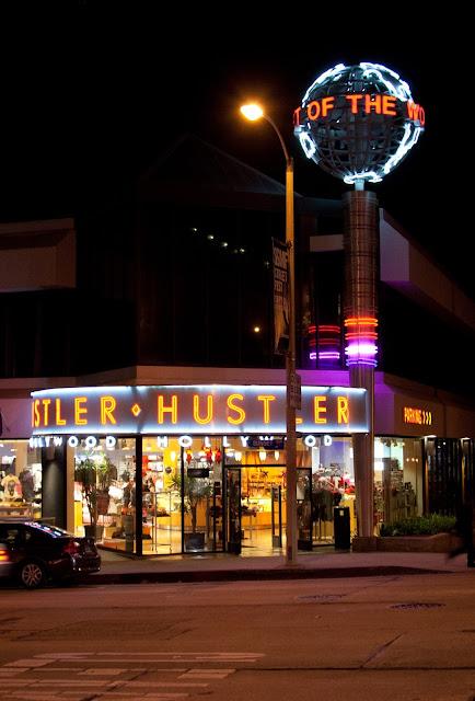 Man giving hollywood hustler store address monica lewinsky nude