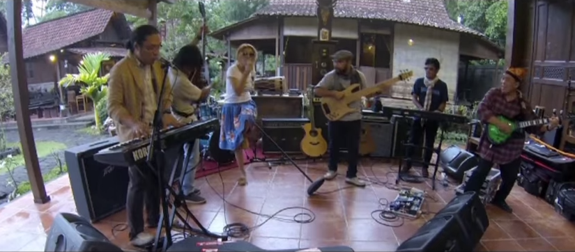 Video klip Morning Coffee di desa Kemiren, Banyuwangi.