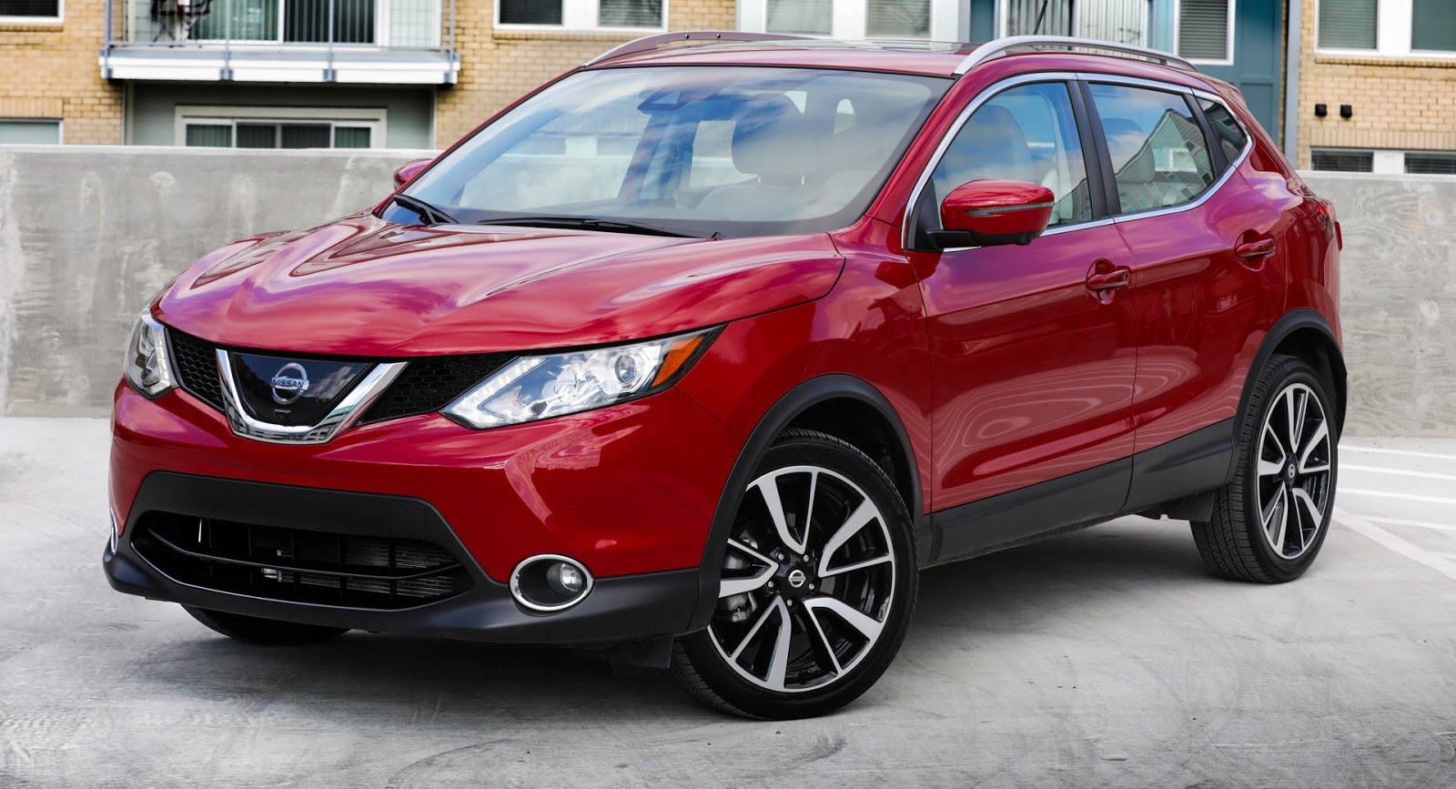 2018 nissan rogue sport goes on sale virtually unchanged from 22 615 car news. Black Bedroom Furniture Sets. Home Design Ideas
