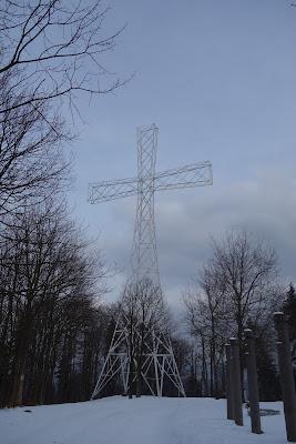 Chełmiec szczyt krzyż milenijny