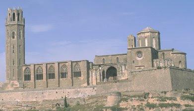 «Seu100» de Pere de Comas y otros. - http://www.etsea.udl.es/eng/campus/lleida/inici.html. Disponible bajo la licencia Dominio público vía Wikimedia Commons - https://commons.wikimedia.org/wiki/File:Seu100.jpg#/media/File:Seu100.jpg