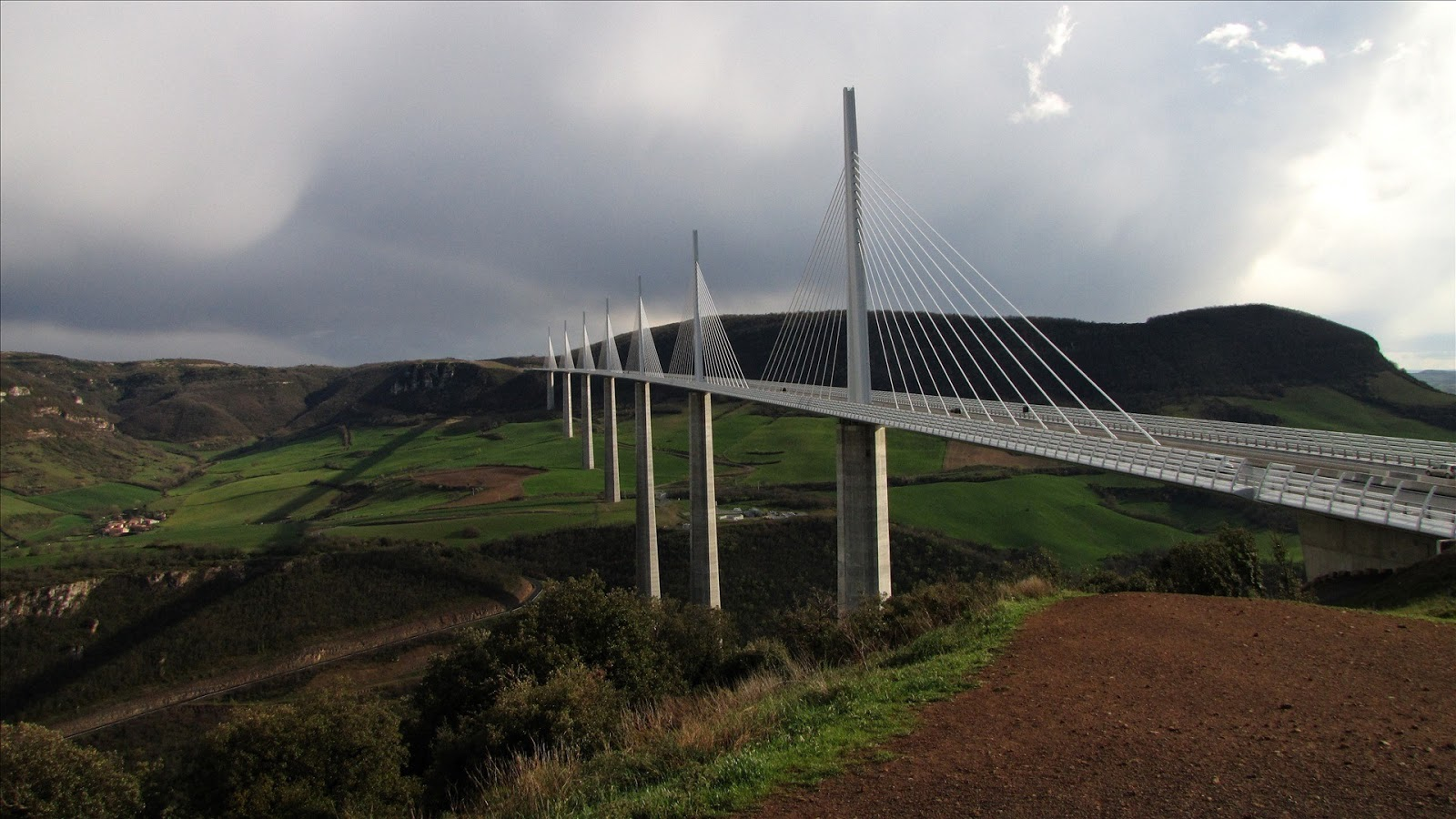 Millau Viaduct, France, 2011, HD 1080p YouTube ...