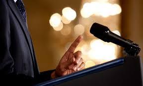 Teks pidato merupakan bentuk pengungkapan pikiran dan gagasan kepada kaya orang sebagai  Contoh Pidato Perpisahan Kelas 9 Yang Gampang Dihafal